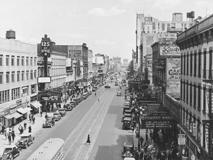 Harlem street circa 1935